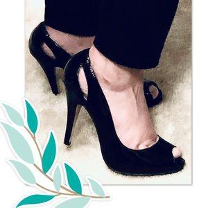 Mossimo black patent cutout peep toe heels